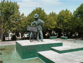 Monumento ao Ourives Ambulante